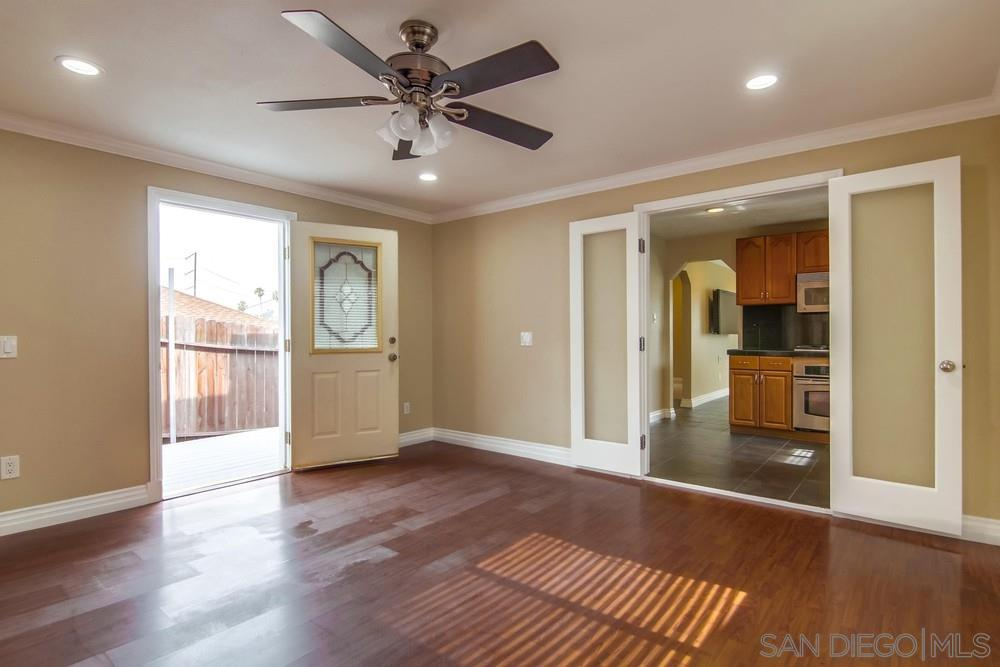 2041 Franklin Ave photo
