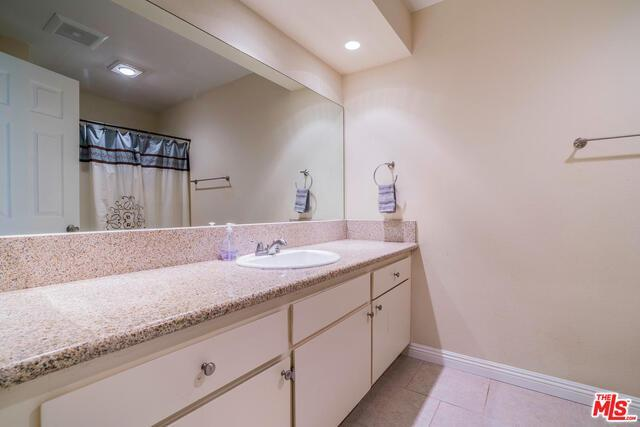 6847 HASKELL AVE # 5 preview