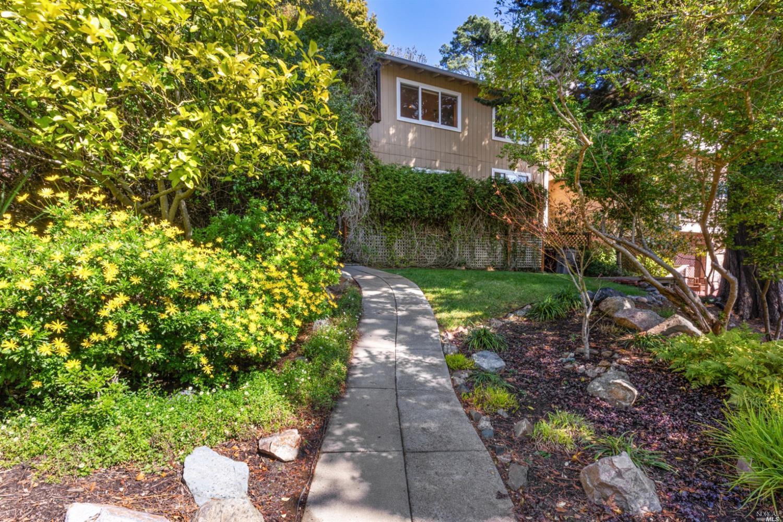 915 W California Avenue photo