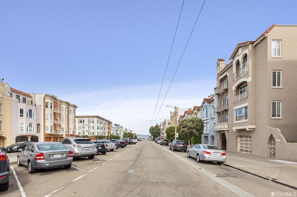 3670 Fillmore Street photo