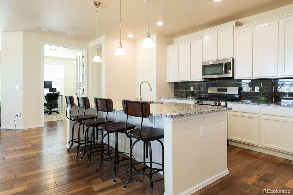 19746 W 58th Place preview