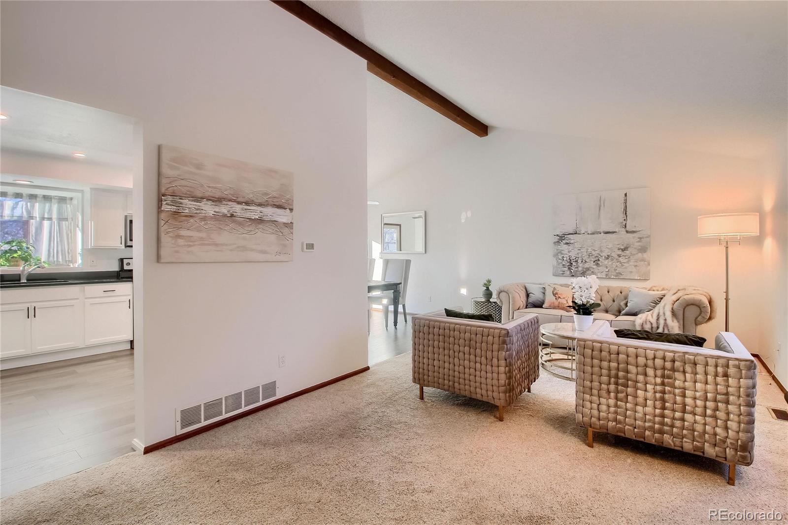 10214 W Powers Avenue preview