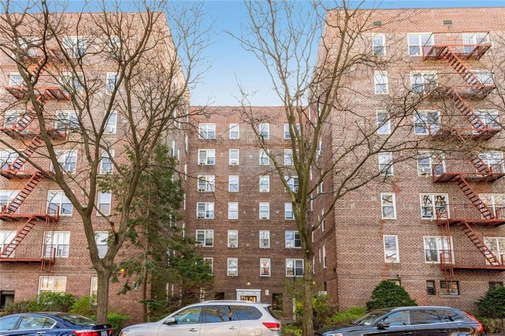 39-35 51st Street Unit: 5E photo