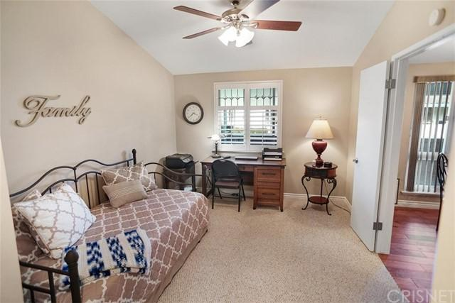 26767 Whispering Leaves Drive Unit: A photo