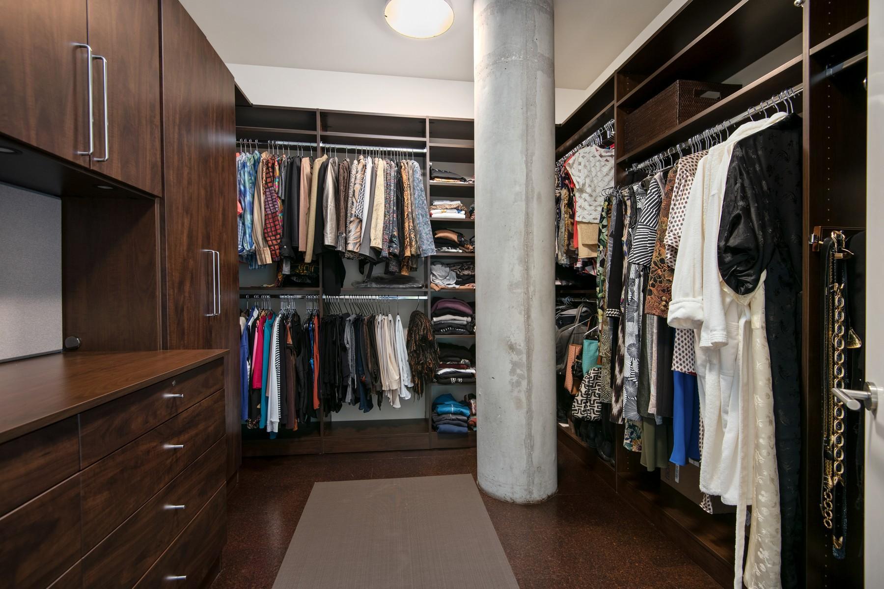 432 W Grant Place Unit 2W