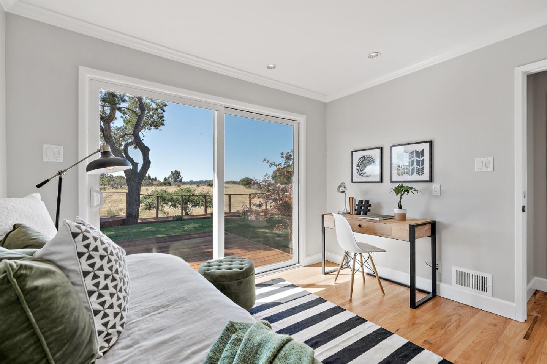 3305 Adelaide Way