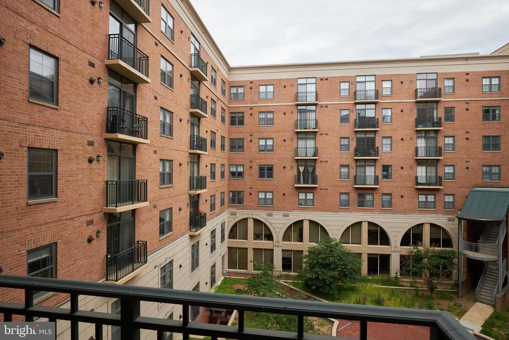 1111 25TH STREET NW Unit: 607 photo