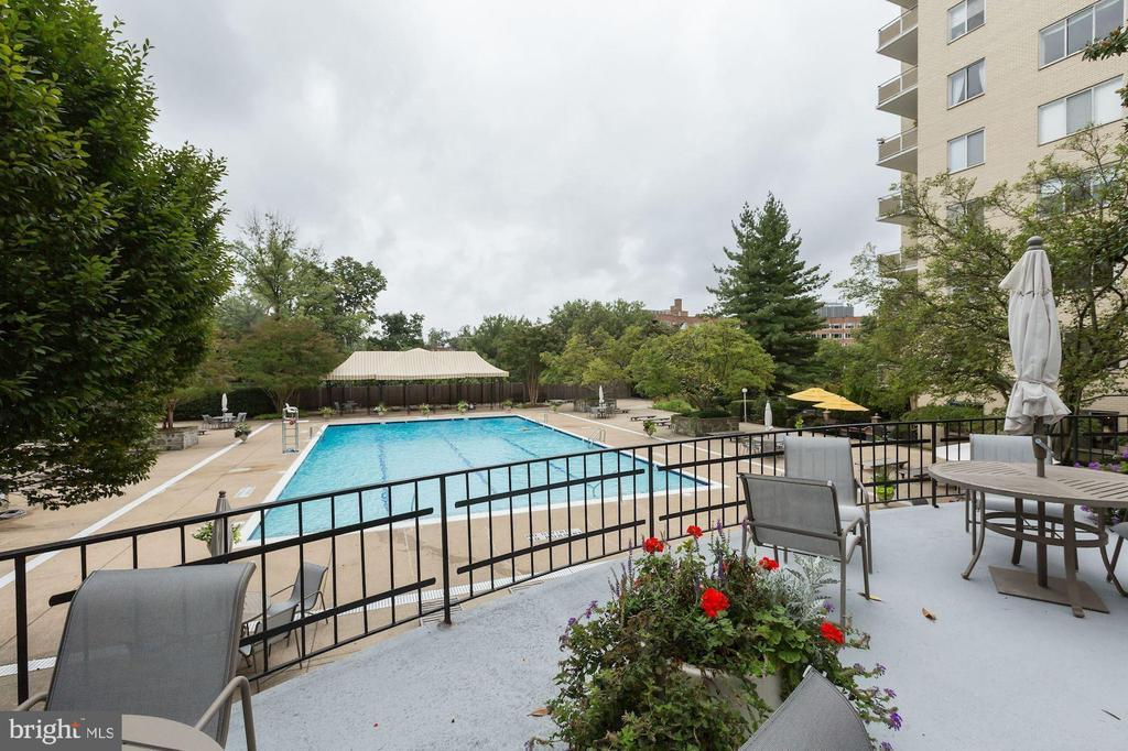 2801 NEW MEXICO AVE NW #907 photo
