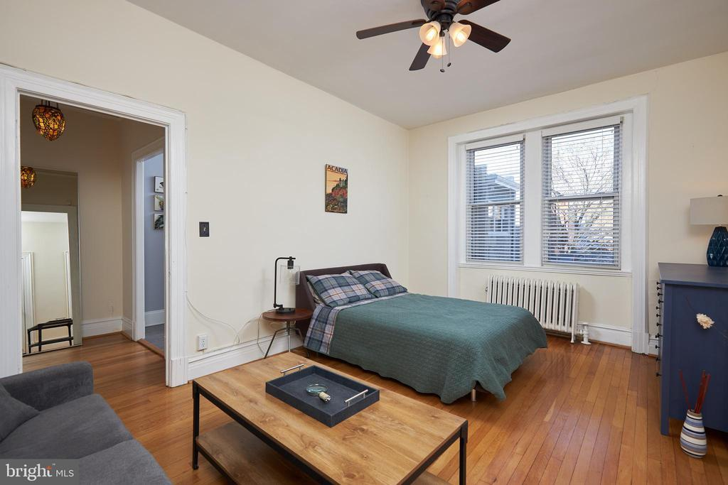 1526 17TH ST NW #212 photo