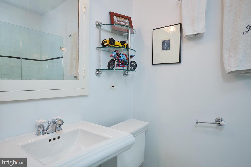 4616 30TH ST NW preview