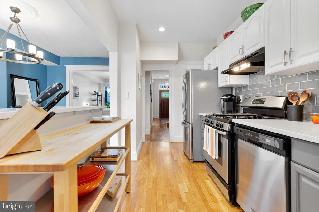 4123 7TH ST NW photo