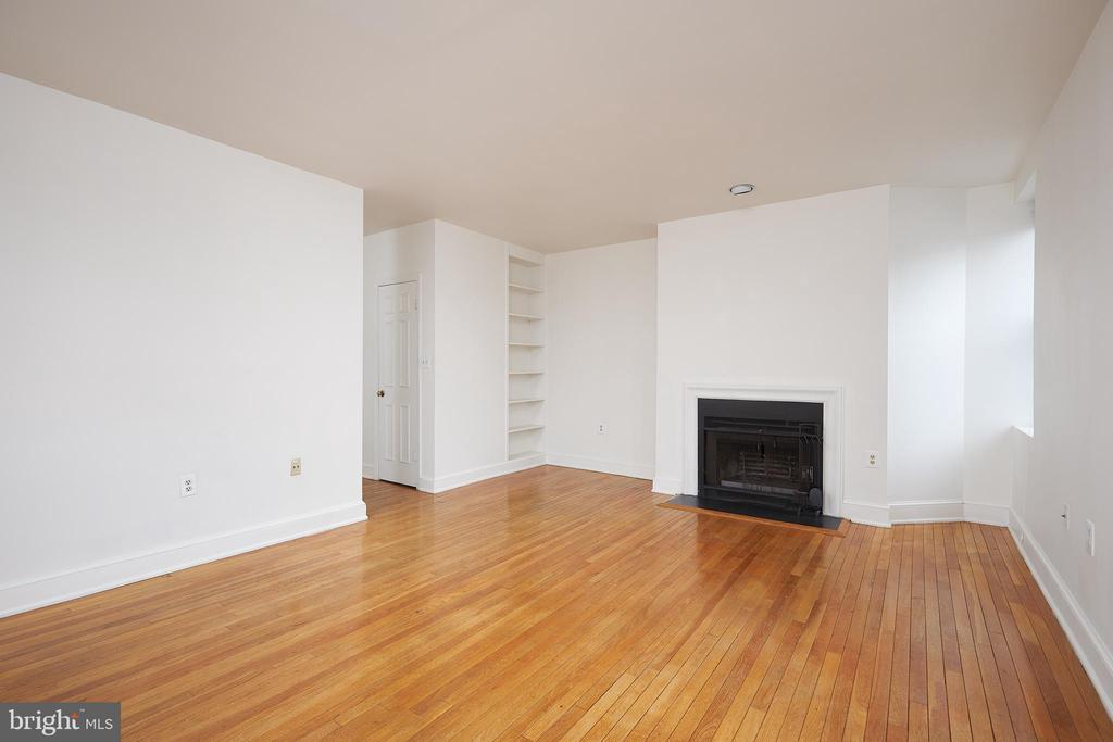 1916 17TH ST NW #301 photo
