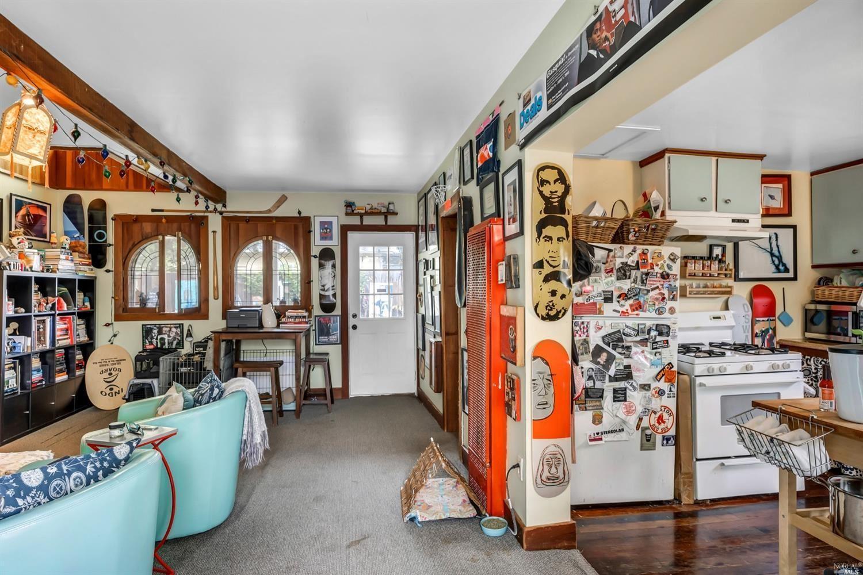 408 Cleveland Lane photo