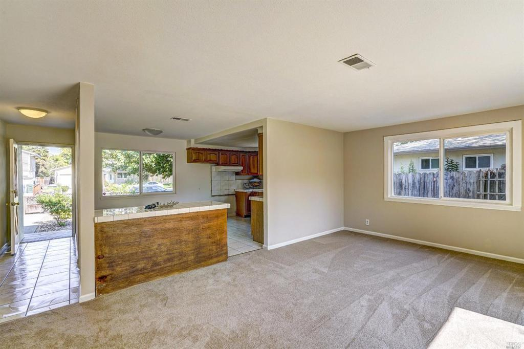 2463 Tanager Court preview