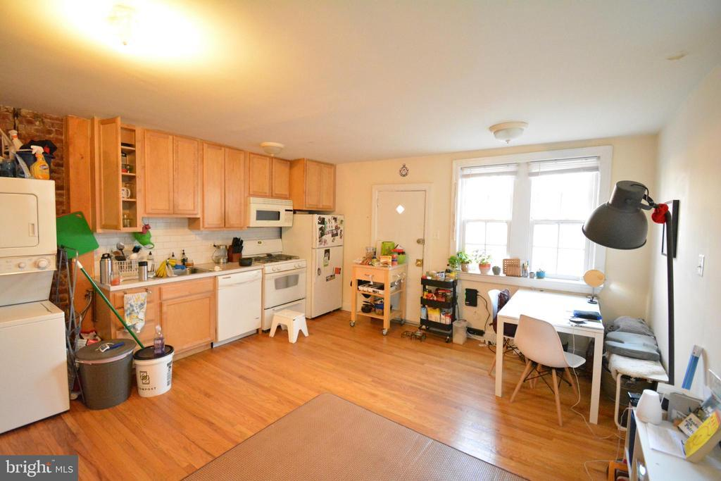 506 W COULTER STREET Unit: 2 photo