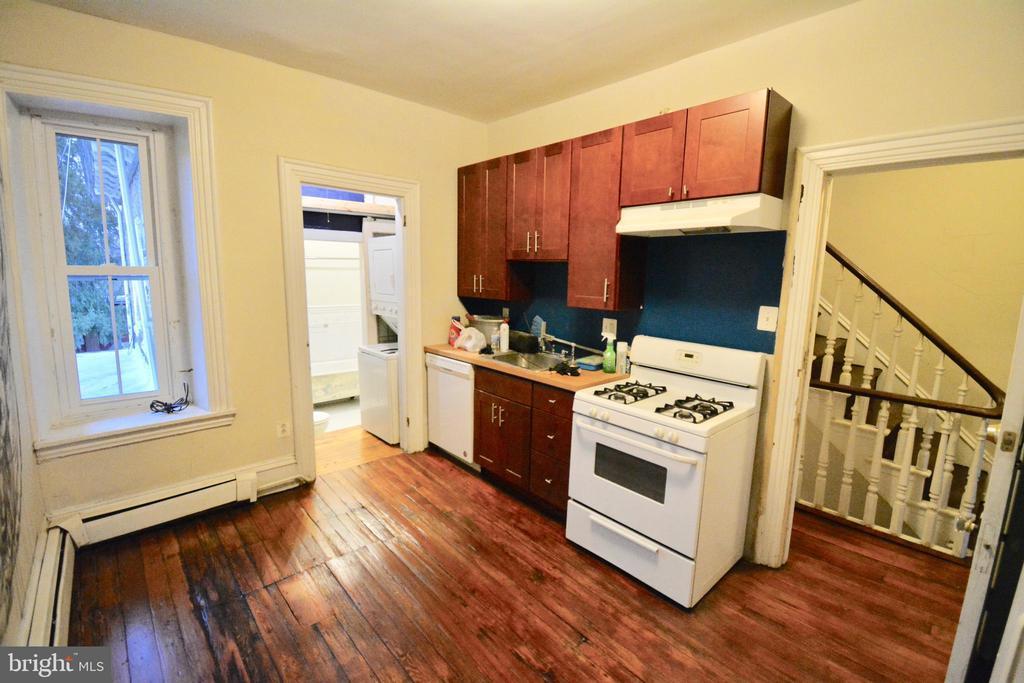 312 W SEYMOUR STREET Unit: 2 photo
