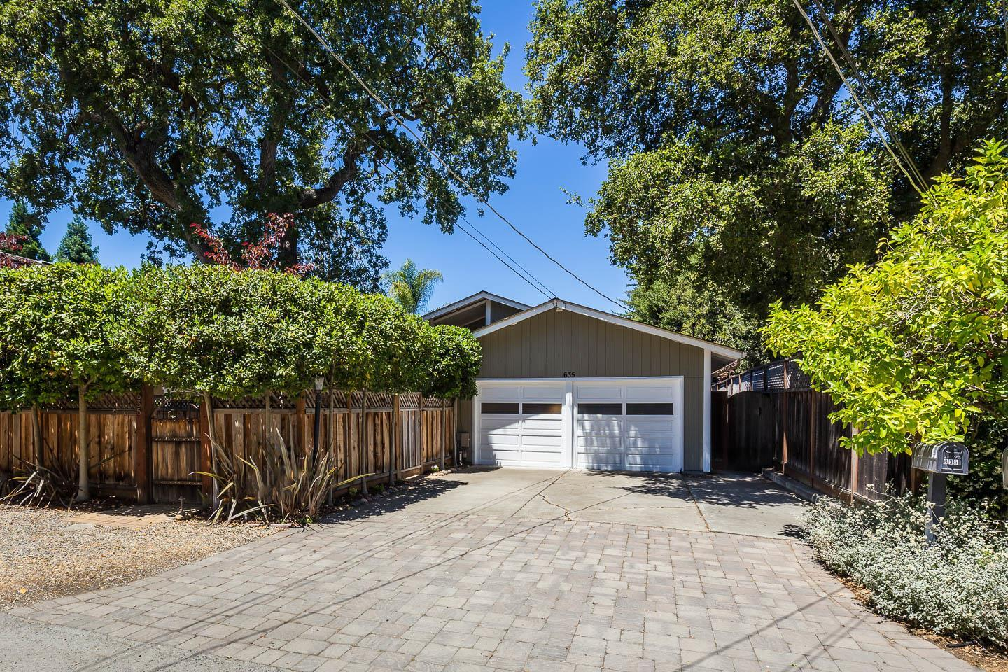 635 17th AVE photo