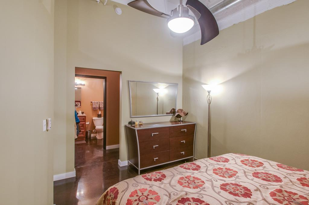 239 5Th Ave N Apt 405 preview