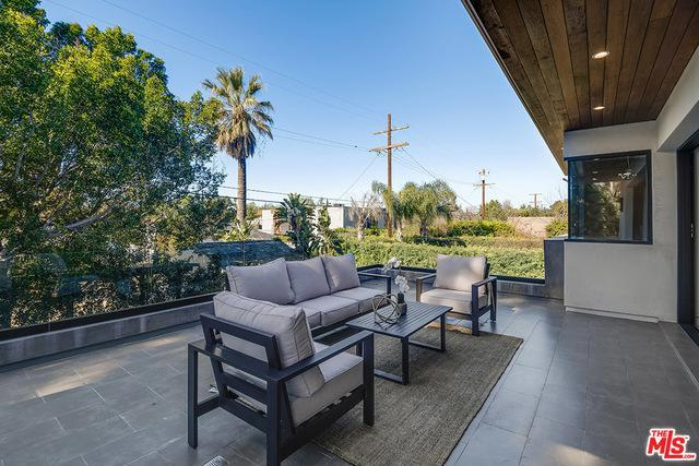 4457 CAMELLIA AVE preview