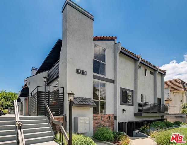 11610 MOORPARK ST # 3 preview