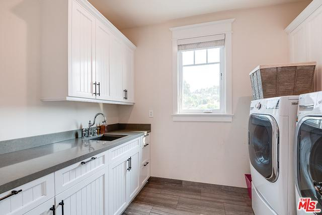 4256 Stern Ave preview