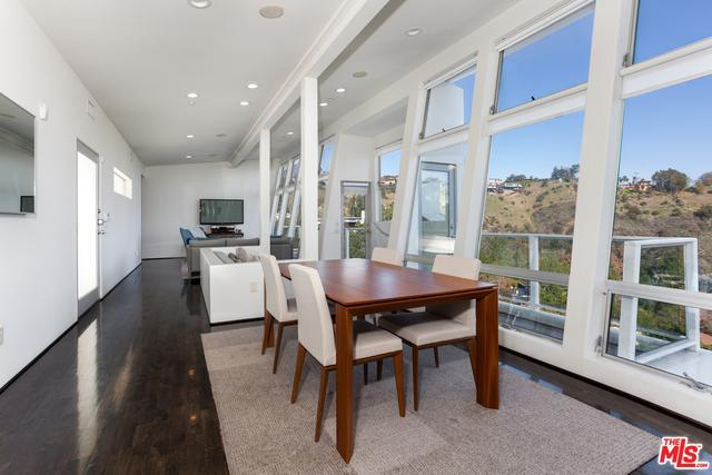 7887 Willow Glen Rd preview