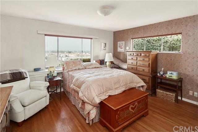 7455 Mcconnell Avenue preview
