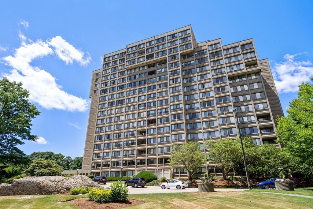 250 Hammond Pond Pkwy - Unit: 411N photo