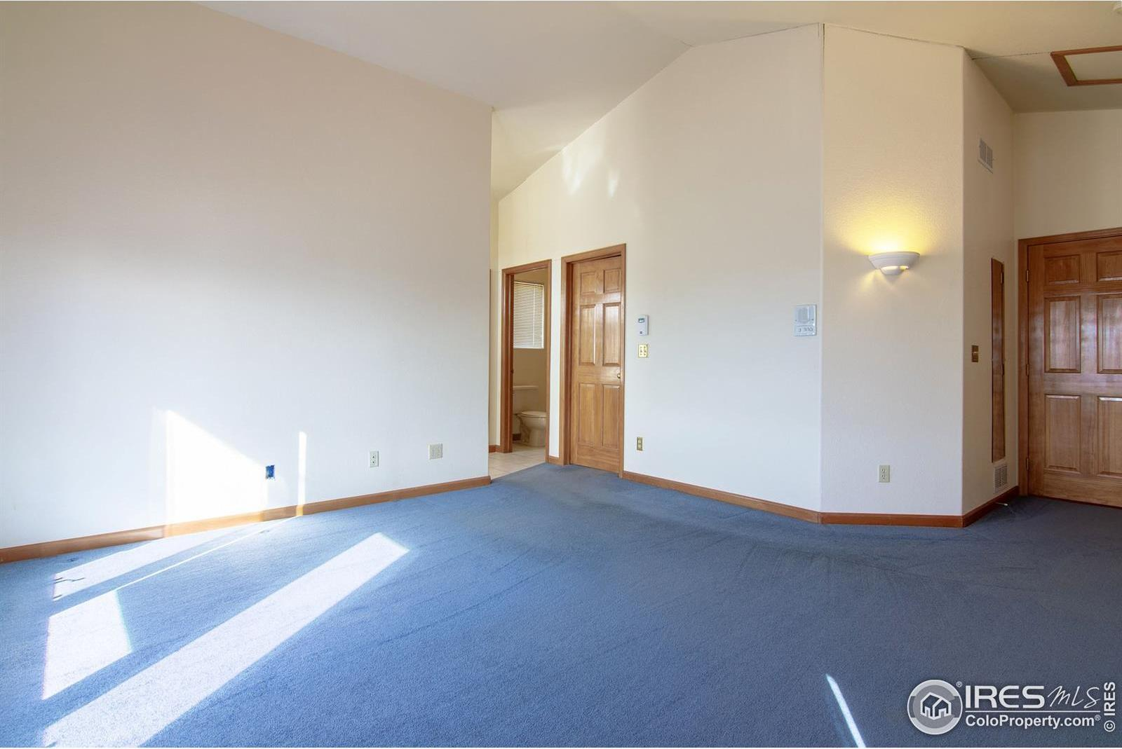 15912 W 79th Place photo