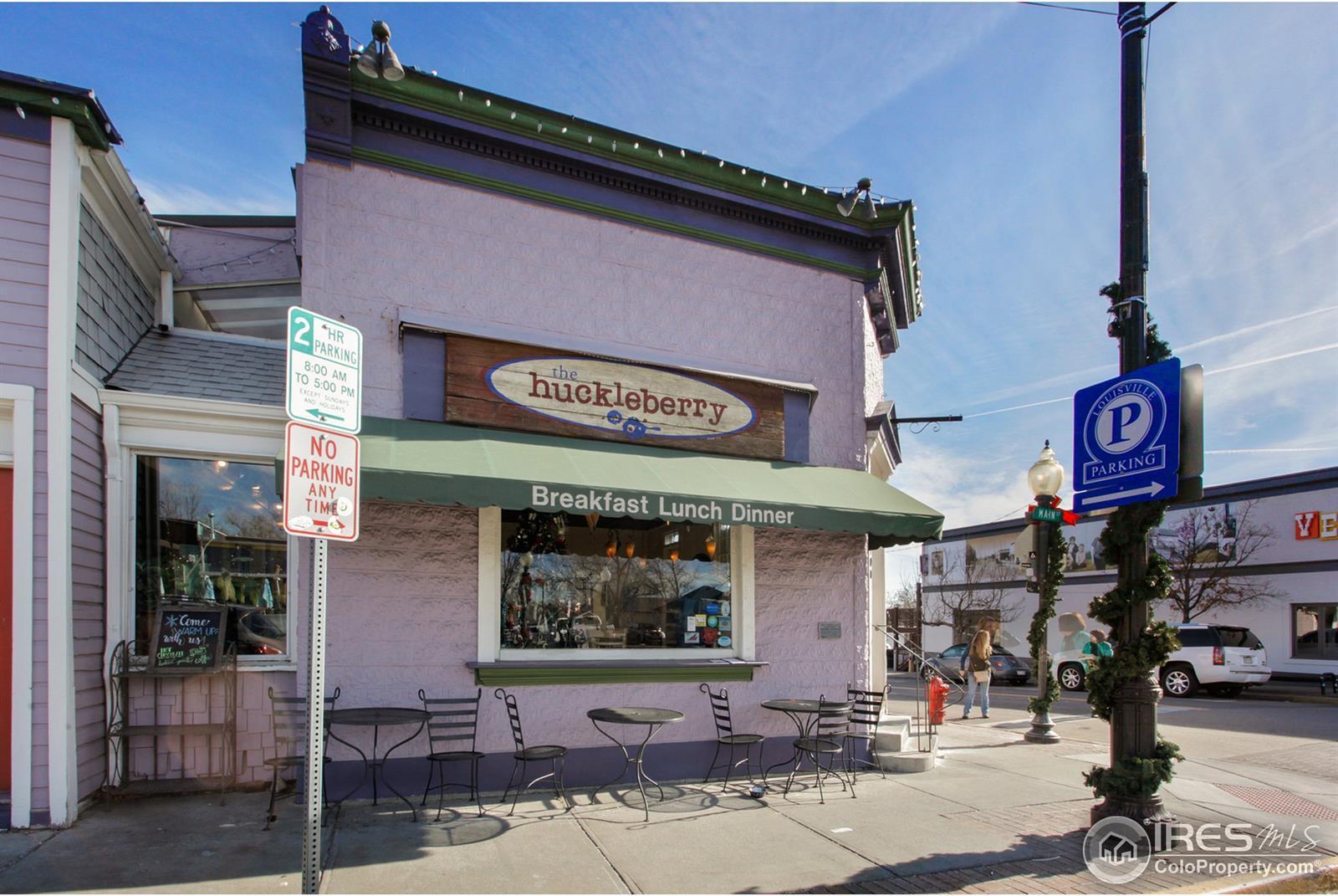 213  Roosevelt Avenue photo
