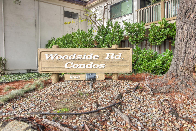 1326 Woodside RD