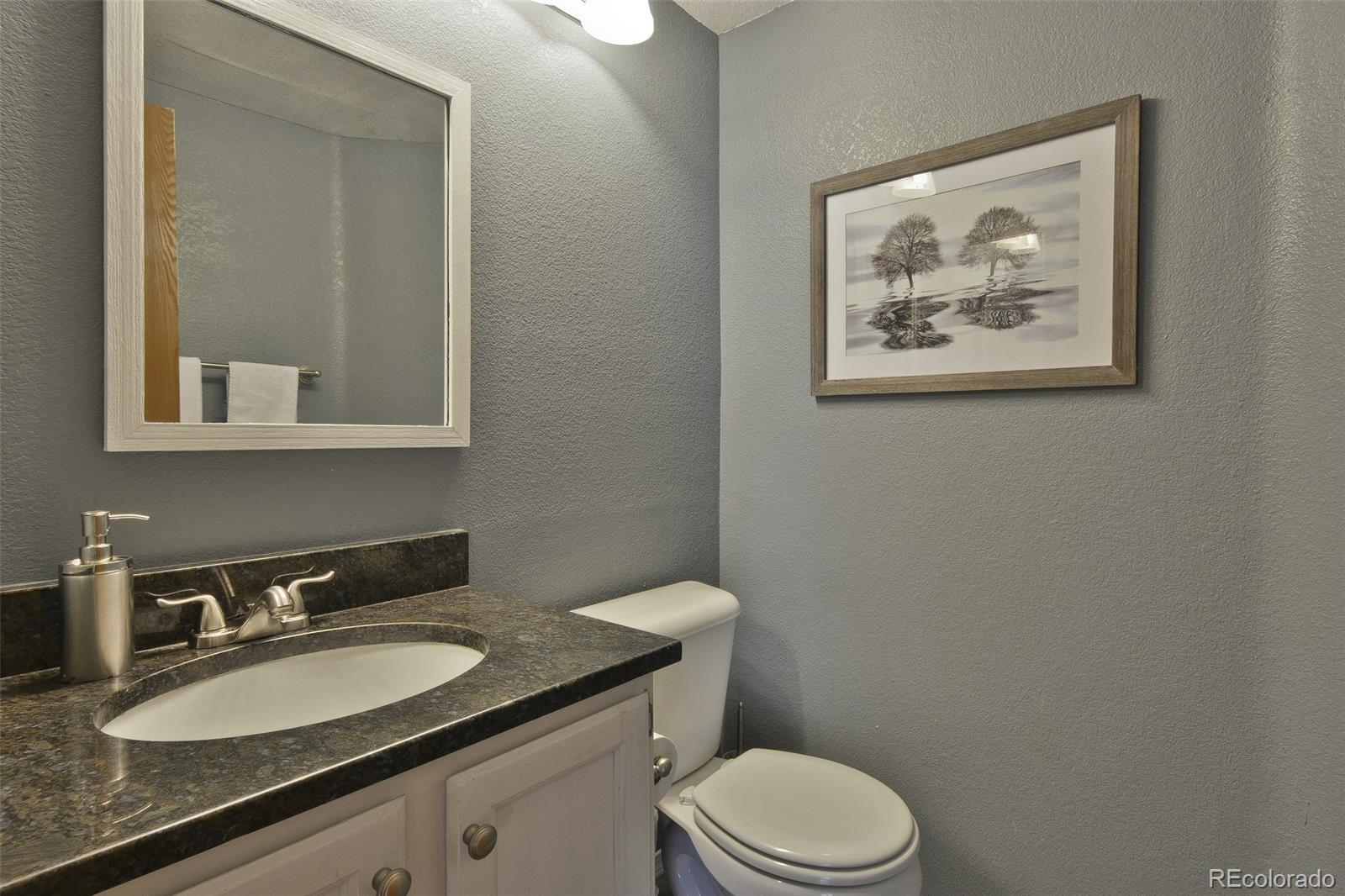 312  Oak Lane photo