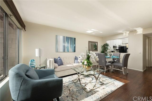 113 Oval Road Unit: 2