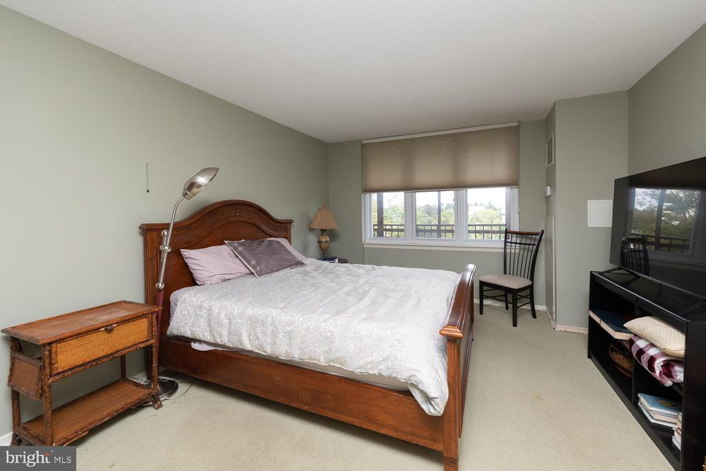 8302 OLD YORK ROAD Unit: A65 photo