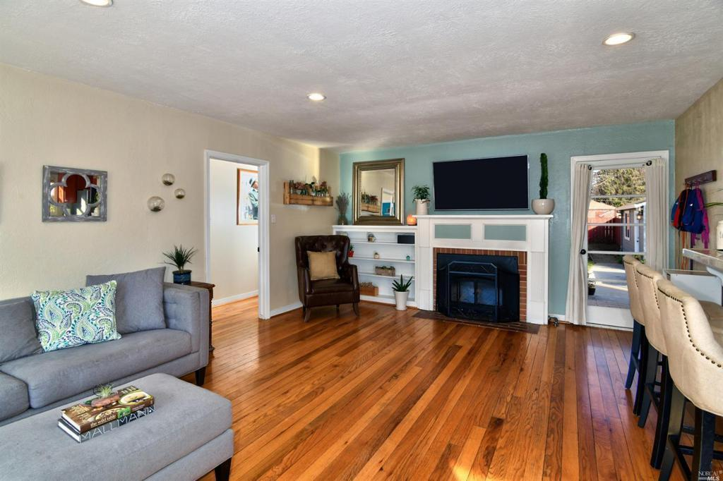 432 Rosedale Ave preview