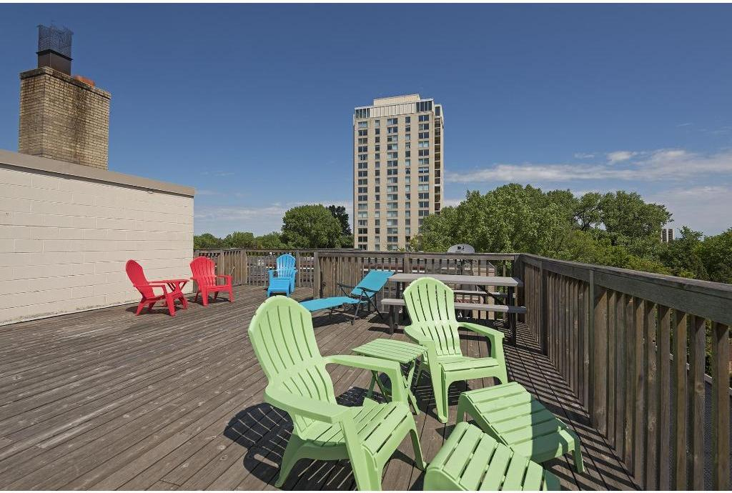 3150 Excelsior  Boulevard, #214 preview