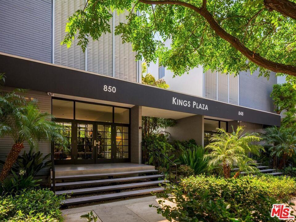 850 N Kings Road Unit: 102 photo