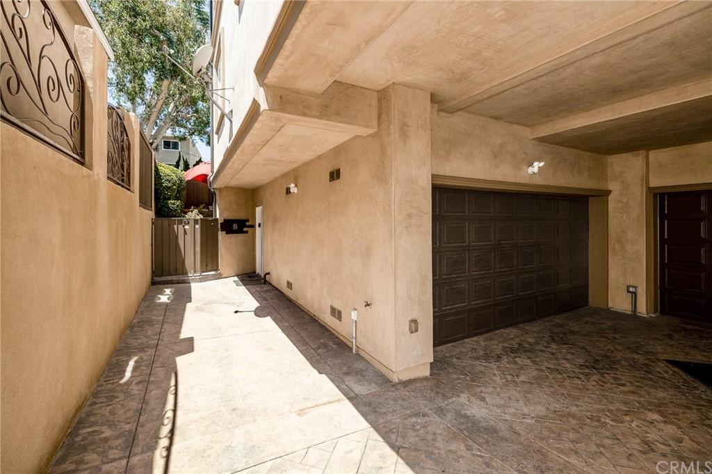 205 N Irena Avenue Unit: B photo