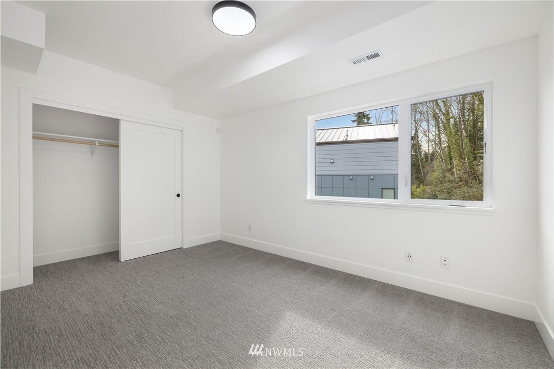 3257 SW WestBridge  Place, Unit 12 photo