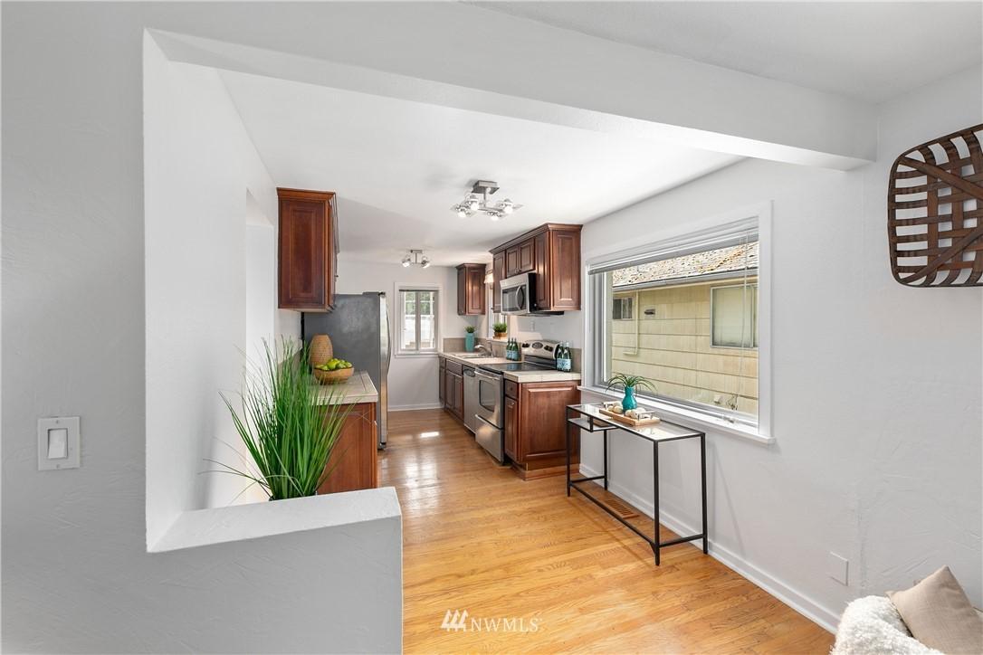 5032 35th SW  Avenue preview