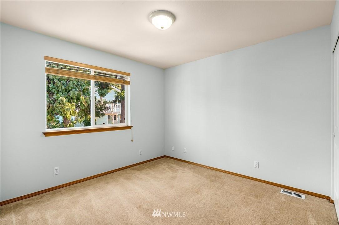 7916 16th SW  Avenue preview