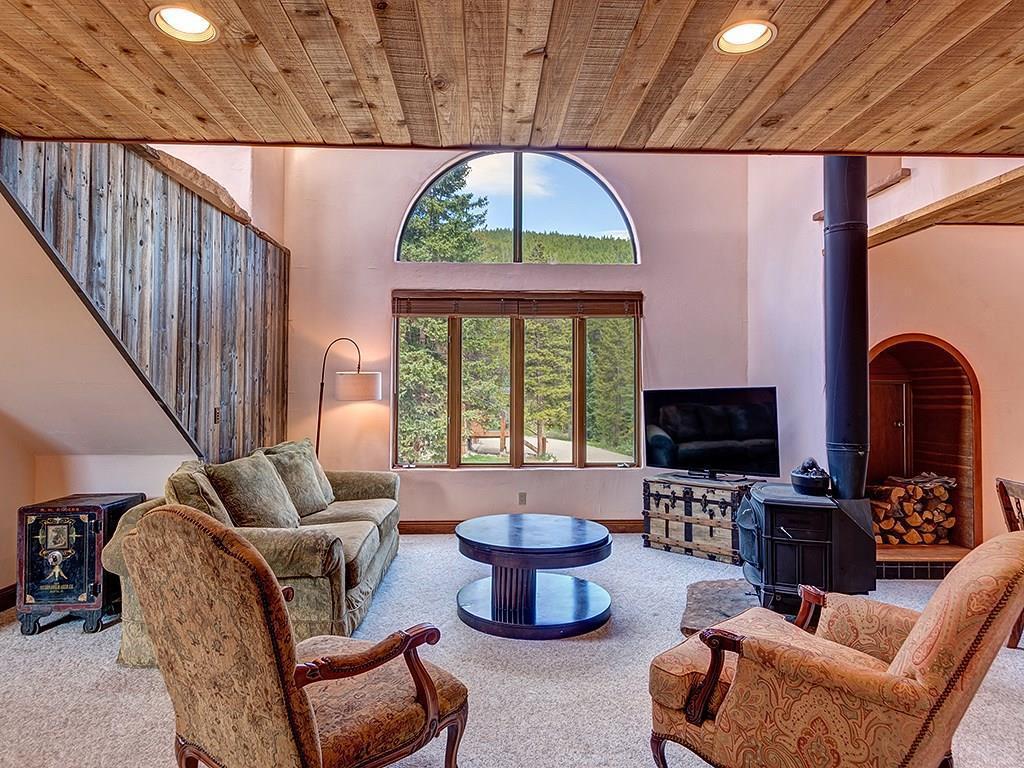 34 Rustic Terrace