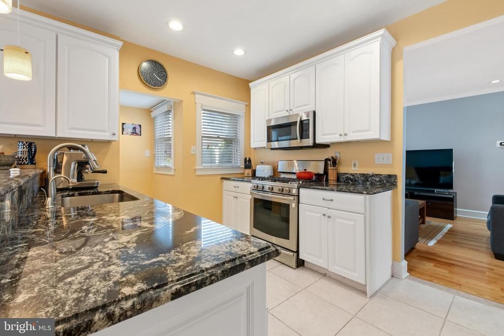 30 RALSTON AVE preview