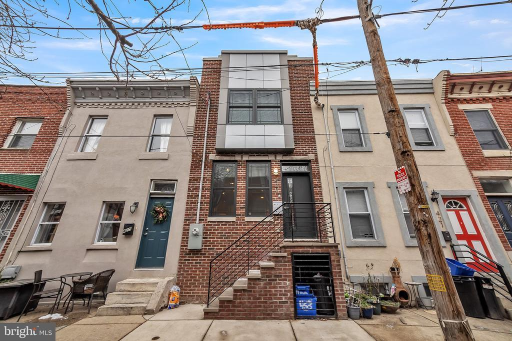 423 DUDLEY ST photo