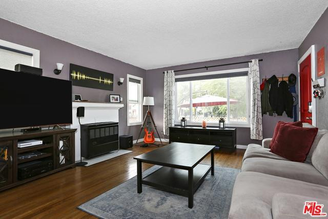 1300 N ALEXANDRIA AVE preview