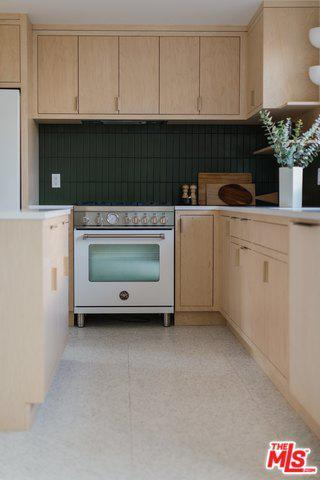2436 ARMSTRONG AVE preview