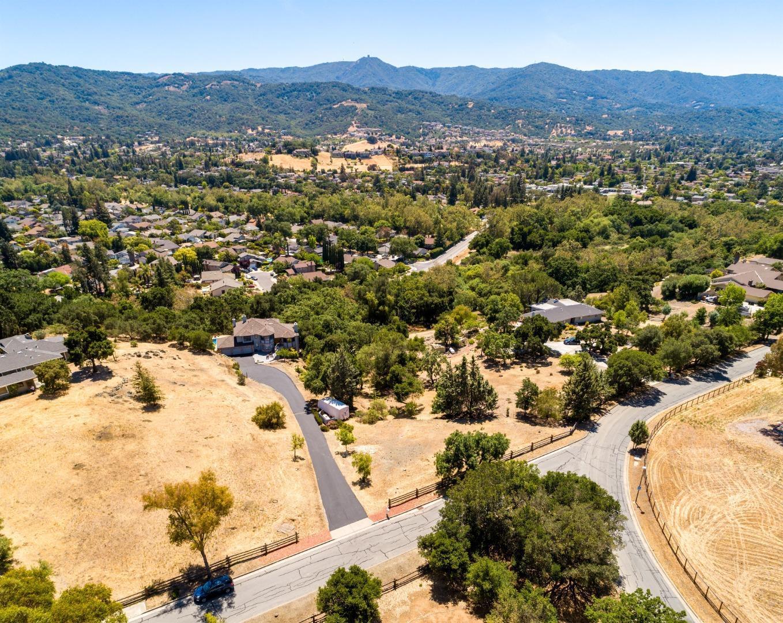 20242 Viewcrest CT photo