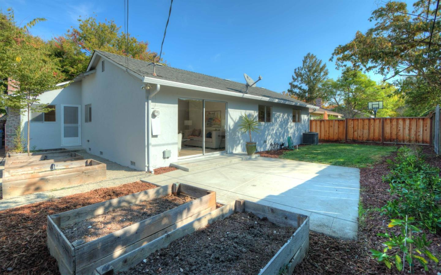 1570 Willowdale DR photo