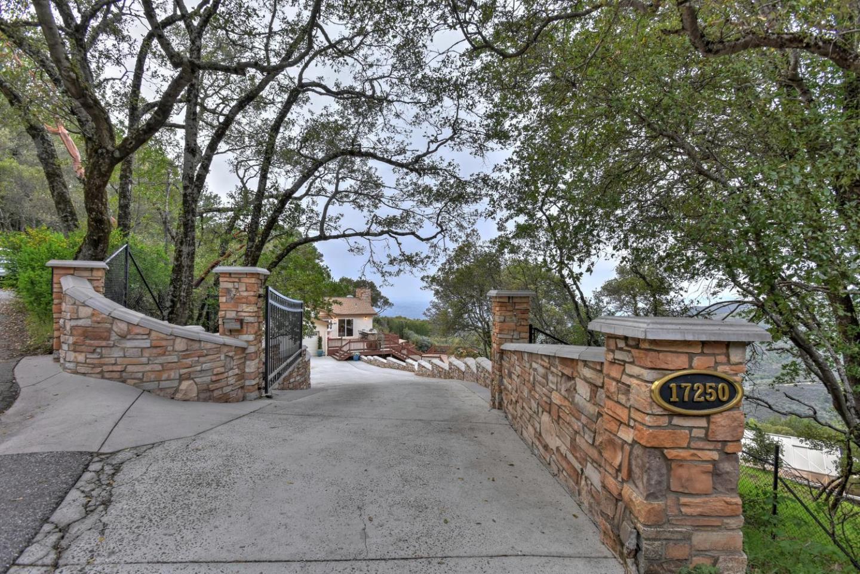 17250 Soda Springs RD photo