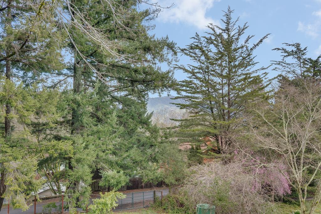 21747 Summit RD photo